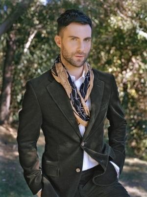 adam-levine-casual-fashion