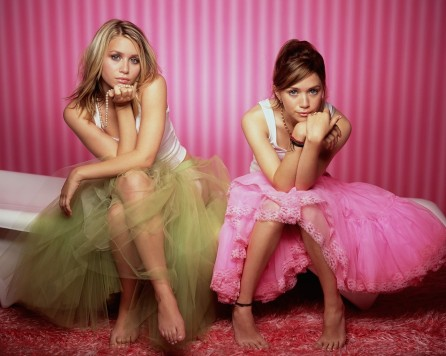 mary_-_kate_and_ashley_olsen-2027288055