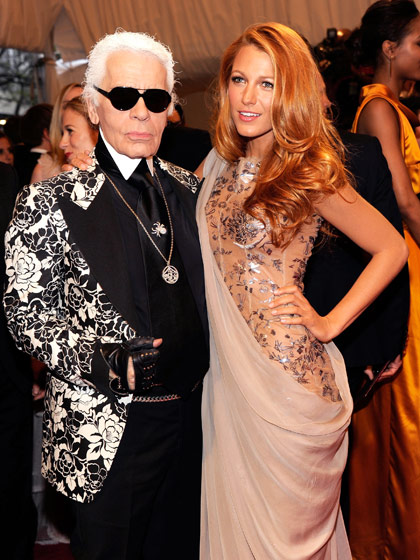 blake-lively-karl-lagerfeld-2011-costume-institute-gala