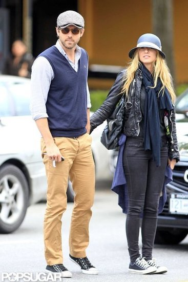 Blake-Lively-Ryan-Reynolds-Pictures-BLUE