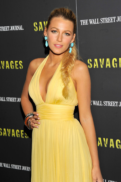 Blake+Lively+Savages+New+York+Premiere+Inside+NgUvGxtFe7_l