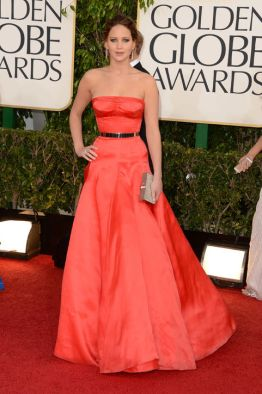 jennifer-lawrence-dior-couture-golden-globes-h724