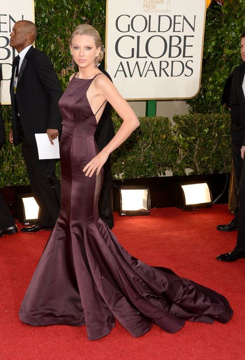 taylor-swift-golden-globes-donna-karan-h724