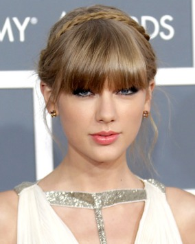 021013-taylor-swift-beauty-400.jpg?w=284